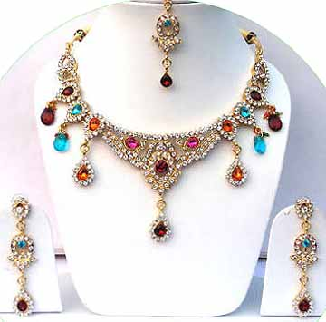 Gold Diamond Bollywood Jewelry Set JVS-26