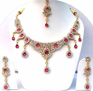 Gold Diamond Bollywood Bridal Jewelry Set JVS-27