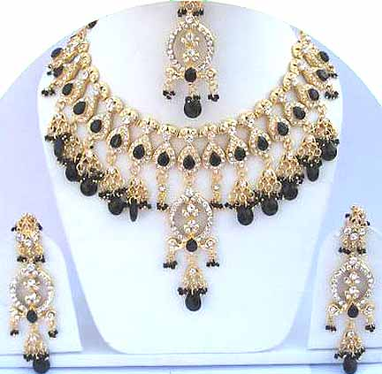 Gold Diamond Bridal Jewelry Set JVS-15