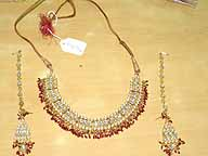 Gold and Diamond Bollywood Bridal Jewellery Set lv022